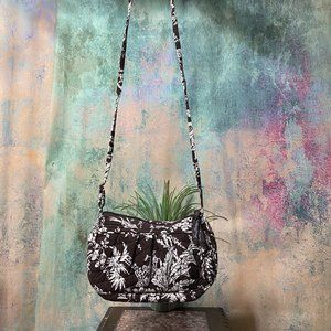 📌 Vera Bradley Cute Floral Fabric Handbag